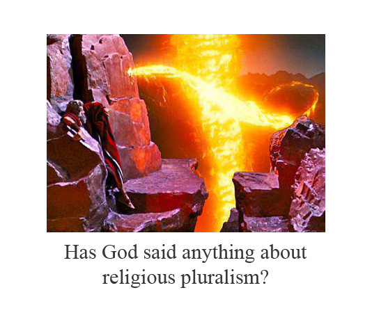 religious pluralism Religious pluralism is a term designating the peaceful co-existence and mutual acceptance of different religions this is the opposite of fundamentalism, where followers of one religion fanatically insist that their view is the only and exclusive source of truth.